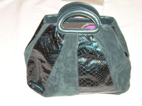 • Női táska 3000Ft 8b6cf5dd8e